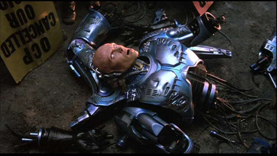 http://vidaordinaria.files.wordpress.com/2010/03/robocop.jpg